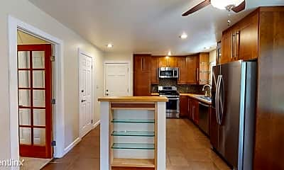Kitchen, 3031 Portola Way, 2