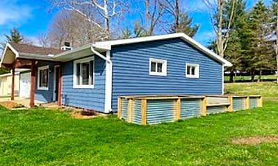 Building, 3134 S 175 W, 2