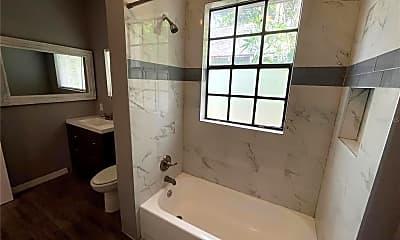 Bathroom, 1412 7th Ave N, 2