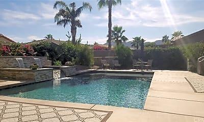 Pool, 60568 Lace Leaf Ct, 1