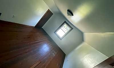 Bathroom, 5804 W Jackson St, 1