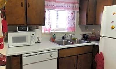 Kitchen, 20 Douglas Ln, 0