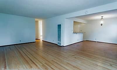 Living Room, 2729 Humboldt Ave, 1