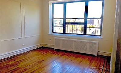 Living Room, 72-34 Austin St F3, 1