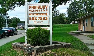 Parkway Village, 1
