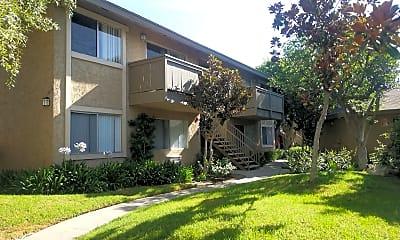 Stonebrook Apartment Homes, 0
