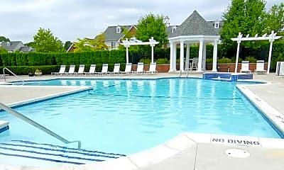 Pool, CiderMill Village, 2