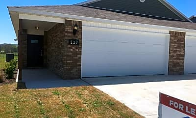 Building, 227 E Anabranch Ct, 1