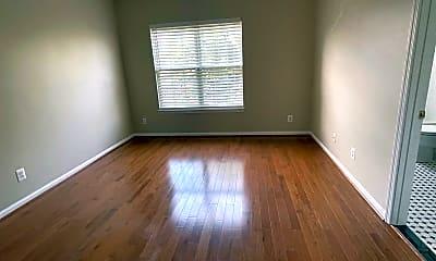 Living Room, 129 Martin Ln, 2