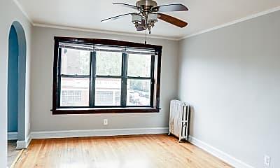 Bedroom, 4107 W Belmont Ave, 1
