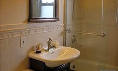 Bathroom, 166 Grand Ave B14, 2