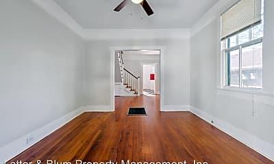 Bedroom, 834 N Hennessey St, 1