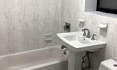 Bathroom, 211 W 105th St, 2