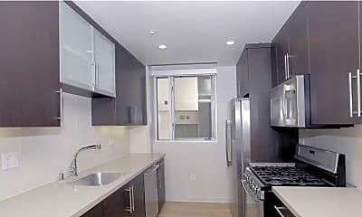 Kitchen, Riva, 1
