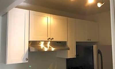 Kitchen, 826 Woodford Ave N, 1
