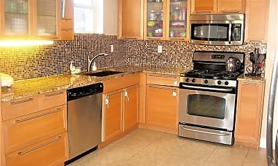 Kitchen, 169 Lindell Blvd, 0