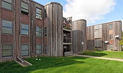 Building, Lynwood Pointe, 0