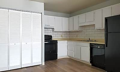 Kitchen, 506 Comanche Village Dr, 0
