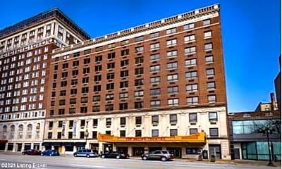Building, 323 W Broadway, 2