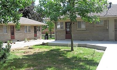Building, 121 St Ann Dr 121, 0