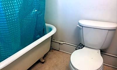 Bathroom, 503 S Park St, 2
