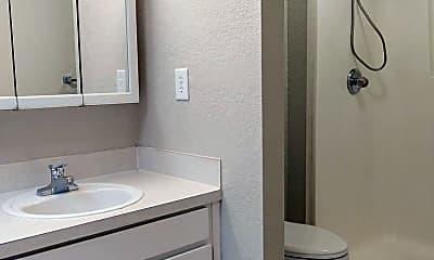 Bathroom, 5327 Glenwood Ave, 2