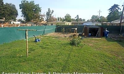 Playground, 617 Hood Dr, 2