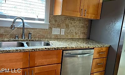 Kitchen, 204 Glenmar Ave, 1
