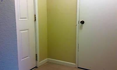 Bathroom, 405 S Edison St, 2