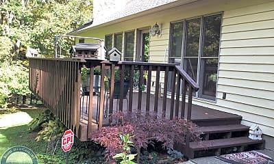 Patio / Deck, 185 Grandview Heights, 2