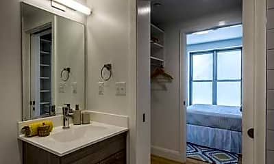 Bathroom, 40 Malvern Street, 2
