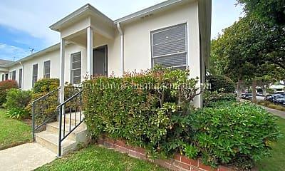 Building, 2107 Oak St, 2