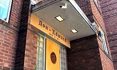 Building, 910 E 8th Ave, 1