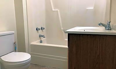 Bathroom, 433 Warren St, 2