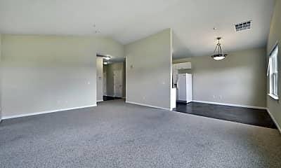 Living Room, 453 E Okeefe St 308, 2