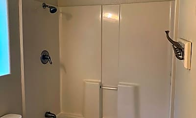 Bathroom, 607 E Monte Vista Ave, 2