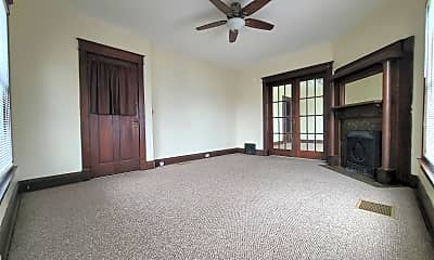 Bedroom, 504 Lincolnway W, 0