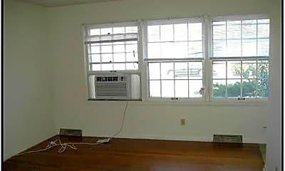 Building, 2804 Highland Dr, 1