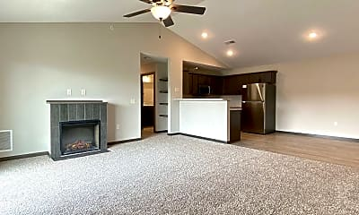 Living Room, 775 Peregrine Cir, 1