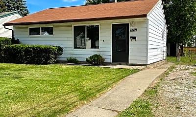 Building, 2726 Margaret St, 1