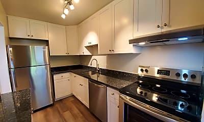 Kitchen, 904 Peninsula Ave, 0