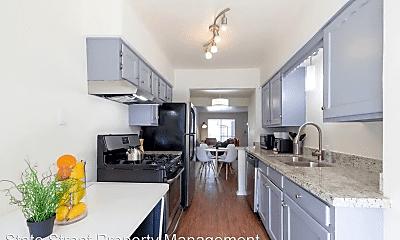 Kitchen, 1403 Norwalk Ln, 1