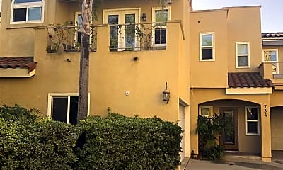 Building, 734 Tustin Ave 5, 1