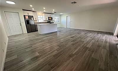 Living Room, 641 SE 18th Ave, 1