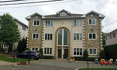 Blueberry Hill Apartments, 1