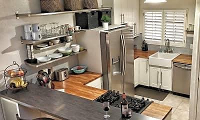 Kitchen, 1118 Fresno St, 0