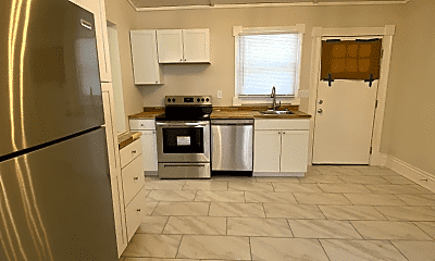 Kitchen, 529 E Ormsby Ave, 2