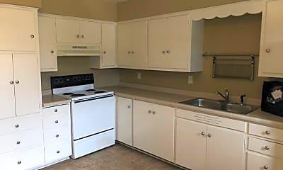 Kitchen, 910 W Badger Rd, 1