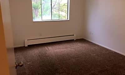 Bedroom, 1075 N Washington St, 2