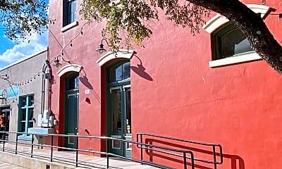 Building, 104 W Nolte St, 1